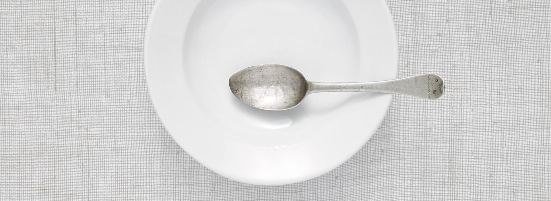 Essen in Stille und Achtsamkeit